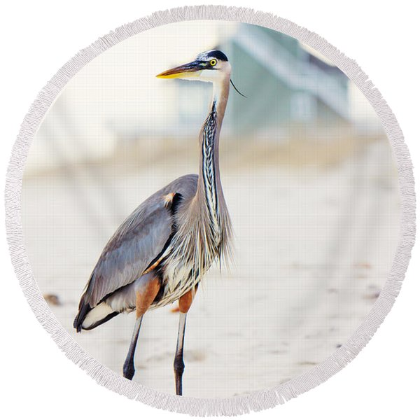 Heron And The Beach House Round Beach Towel