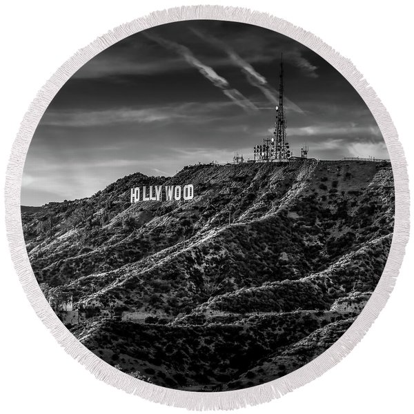 Hollywood Sign - Black And White Round Beach Towel