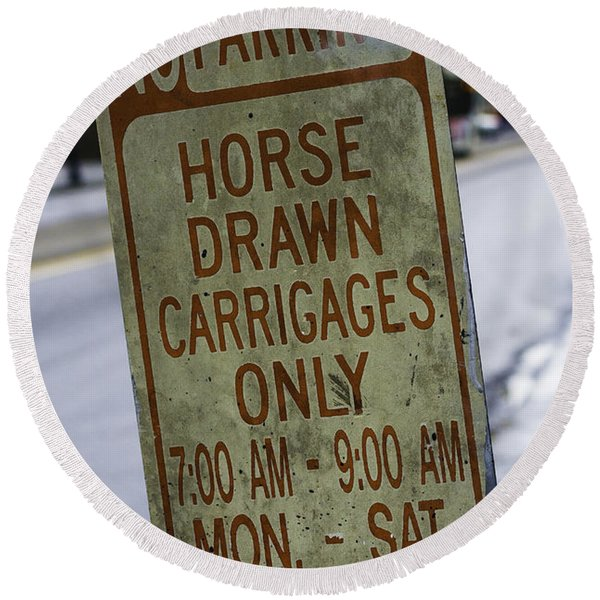 Horse Drawn Carriage Parking Round Beach Towel