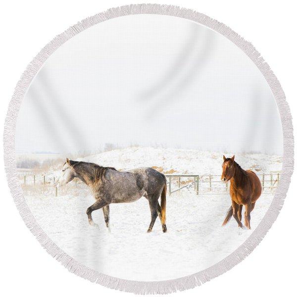 Horses In Snow Round Beach Towel