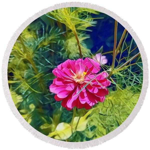 In Bloom Round Beach Towel