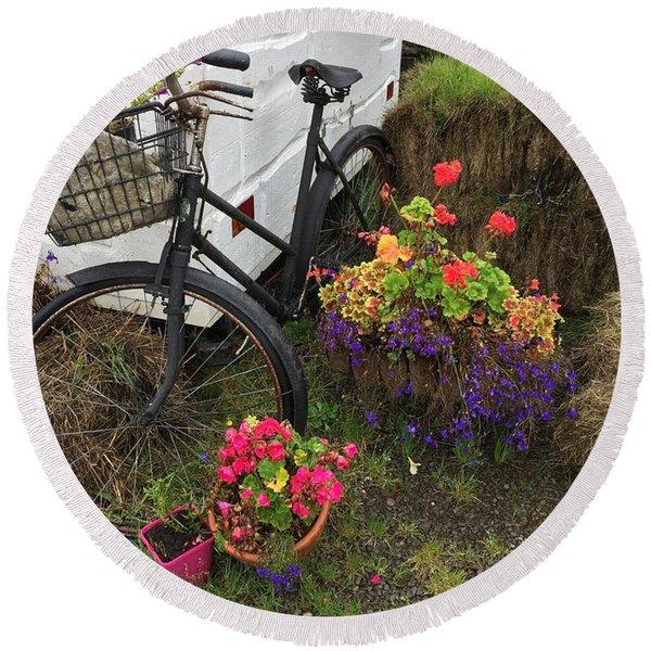 Irish Bike And Flowers Round Beach Towel