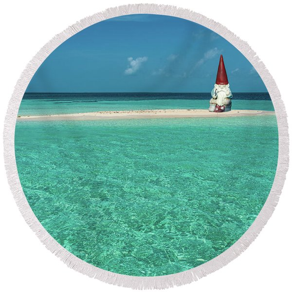 Island Gnome Round Beach Towel