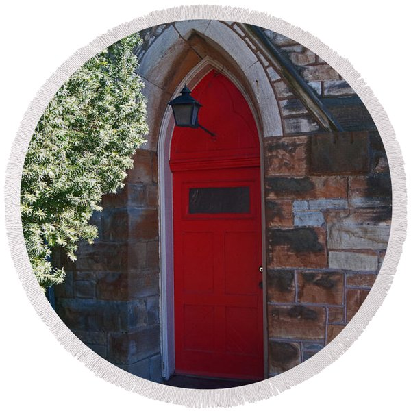 Red Church Door Round Beach Towel