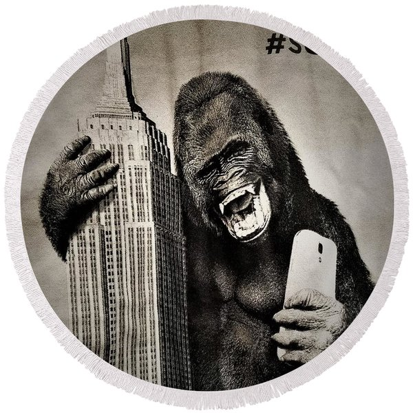 King Kong Selfie Round Beach Towel