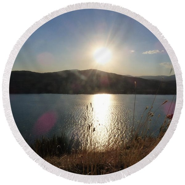 Lake Roosevelt Sun Round Beach Towel