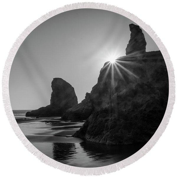 Last Light On The Coast Round Beach Towel