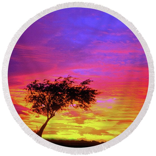 Leaning Tree At Sunset Round Beach Towel