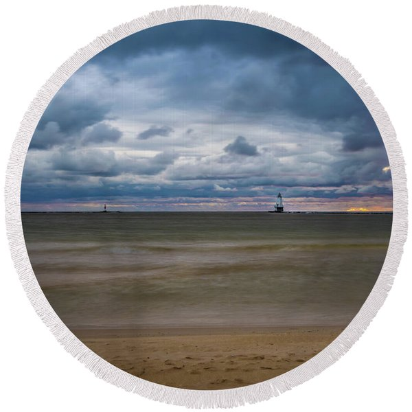 Lighthouse Under Brewing Clouds Round Beach Towel