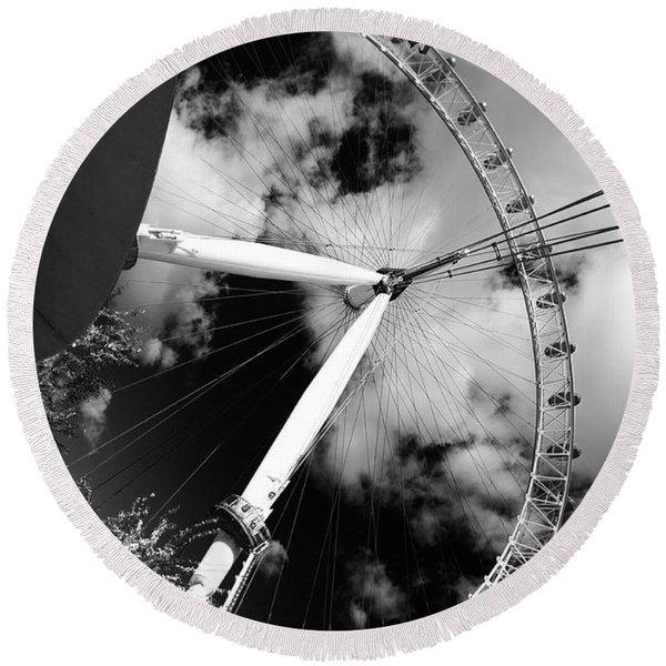London Ferris Wheel Bw Round Beach Towel