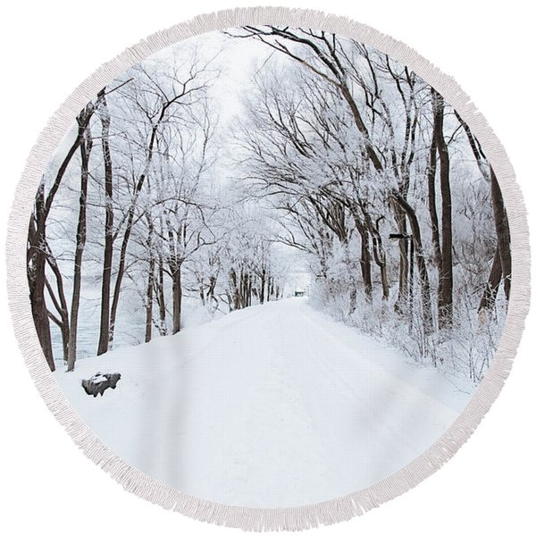 Lonely Snowy Road Round Beach Towel