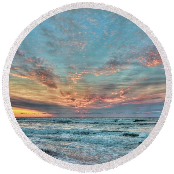 Long Beach Island Sunrise Round Beach Towel