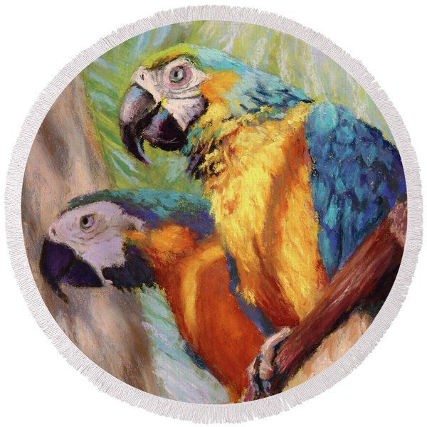 Macaws In The Sunshine Round Beach Towel
