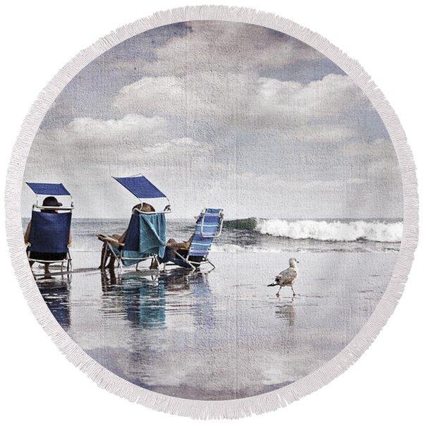 Margate Beach Relaxation Round Beach Towel