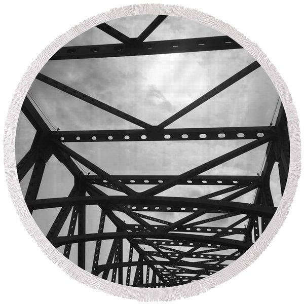 Mississippi River Bridge Round Beach Towel