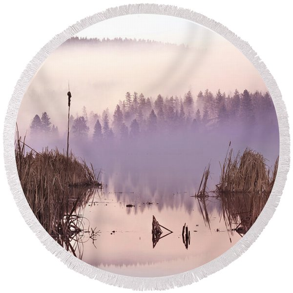 Misty Morning At Vaseux Lake Round Beach Towel