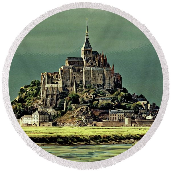 Mont Saint-michel Round Beach Towel