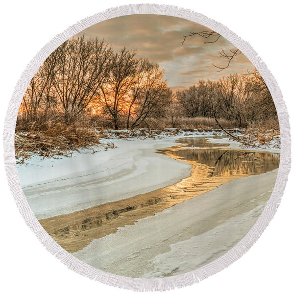 Morning Light On The Riverbank Round Beach Towel
