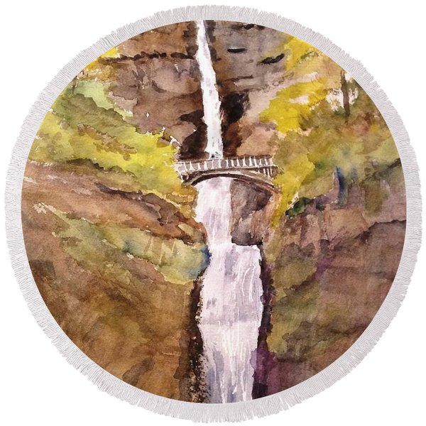Multnomah Falls Round Beach Towel