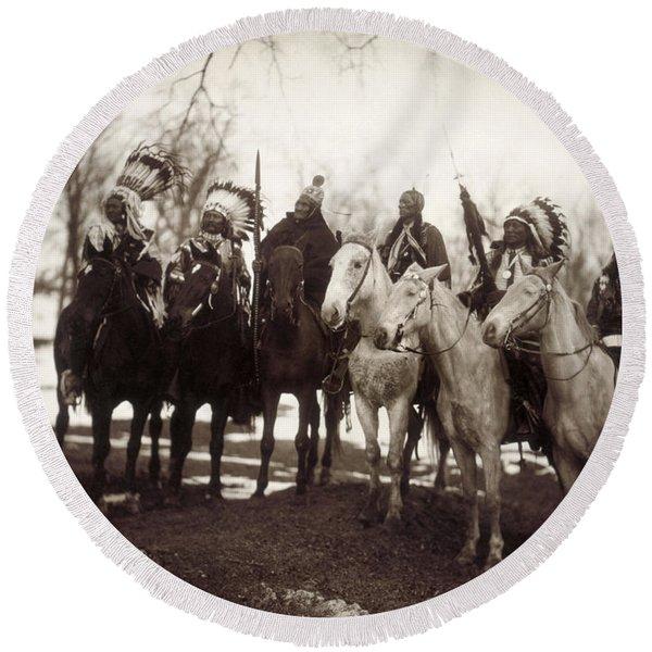 Native American Chiefs Round Beach Towel