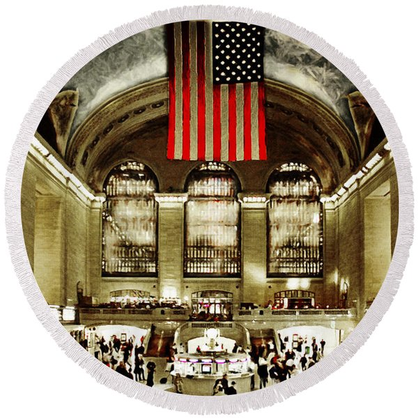 New York City Midtown Manhatten Grand Central Terminal 20160215 Round Beach Towel