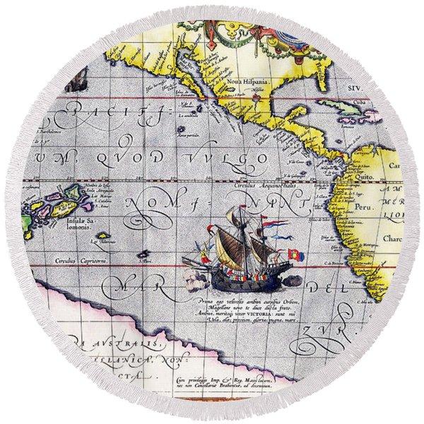 Pacific Ocean Vintage Map Round Beach Towel