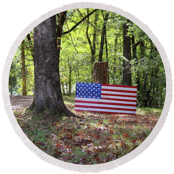 Patriotic Flag In Kentucky Round Beach Towel