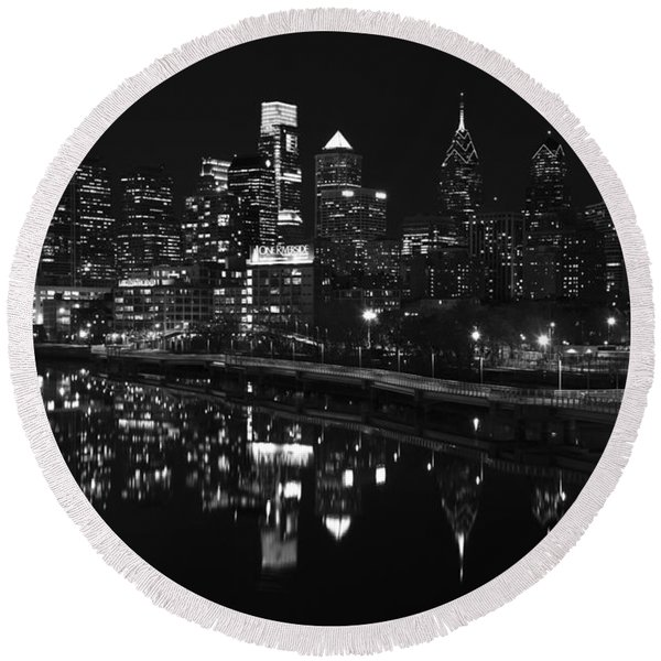 Philly And The Schuylkill Bw Round Beach Towel