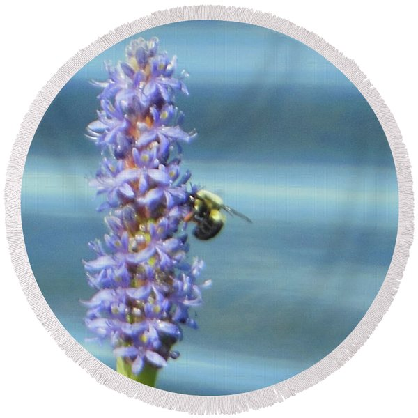 Pickerelweed Bumble Bee Round Beach Towel