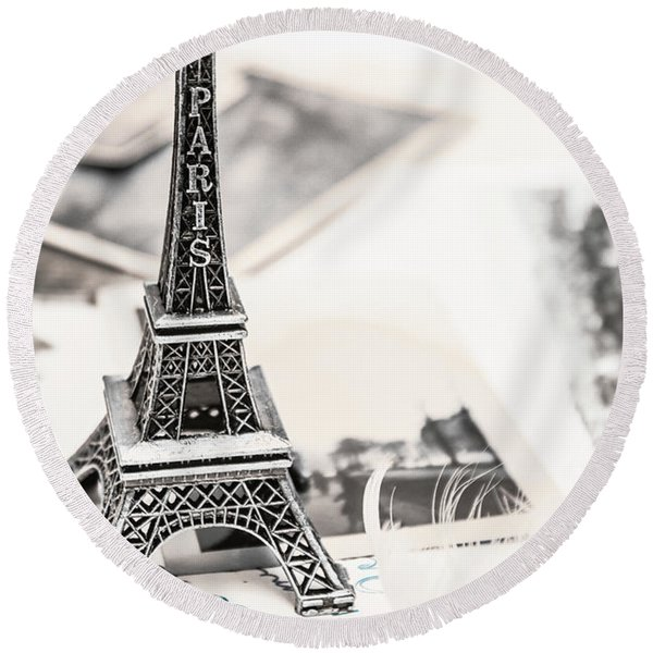 Postcards And Letters From Paris Round Beach Towel