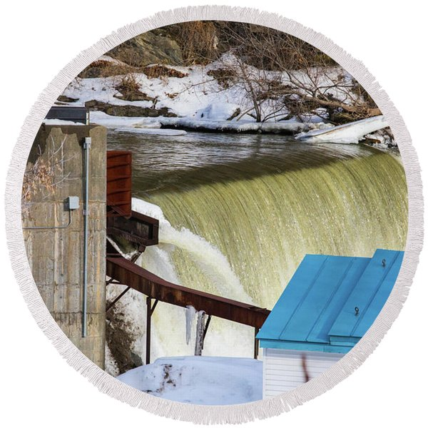 Power Station Falls On Black River Two Round Beach Towel