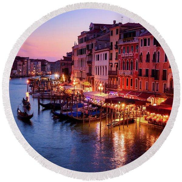 Cityscape From The Rialto In Venice, Italy Round Beach Towel
