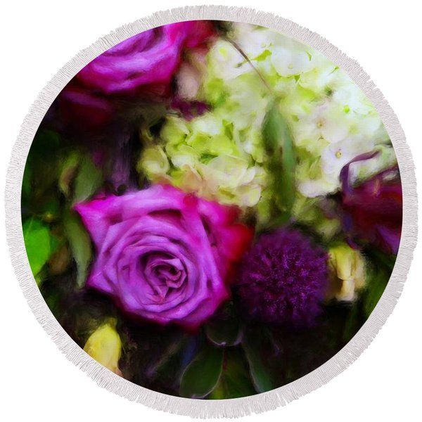 Purple Roses With Hydrangea Round Beach Towel