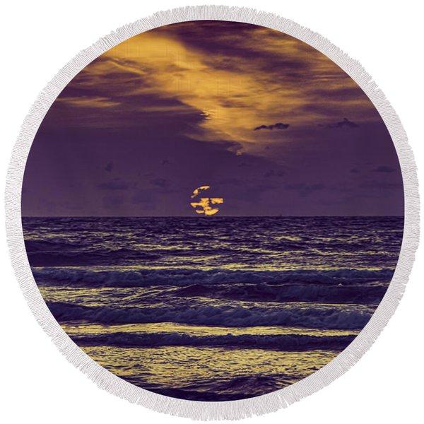 Purple Sunrise Round Beach Towel