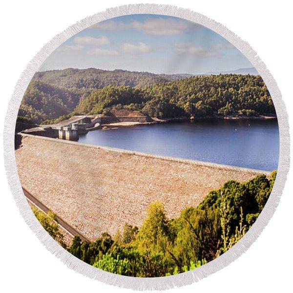 Reece Dam, Western Tasmania Round Beach Towel