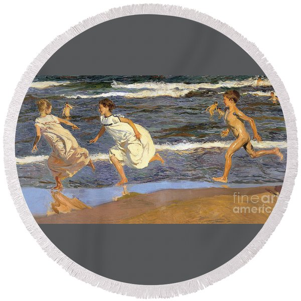 Running Along The Beach Round Beach Towel