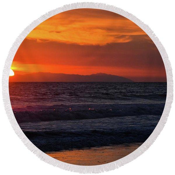 Santa Catalina Island Sunset Round Beach Towel