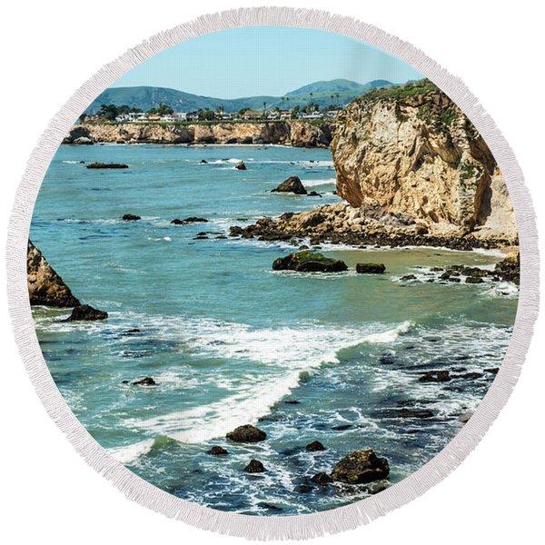 Sea And Cliffs Round Beach Towel
