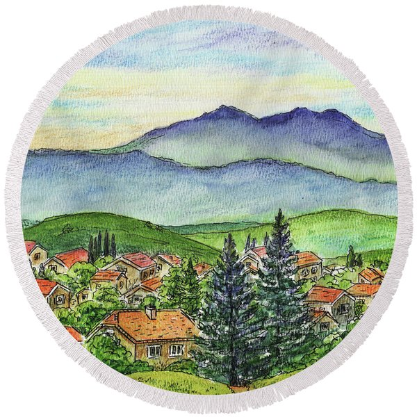 Small Town Mountains And Hills Round Beach Towel