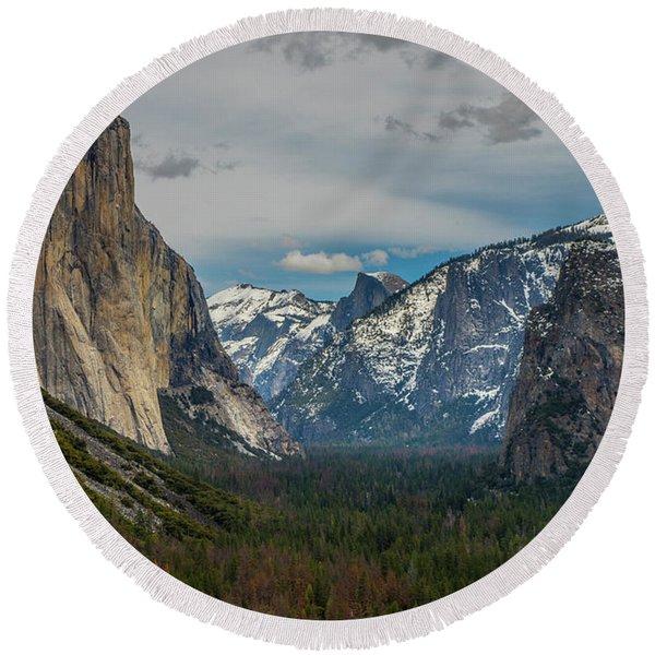 Smokey Yosemite Valley Round Beach Towel