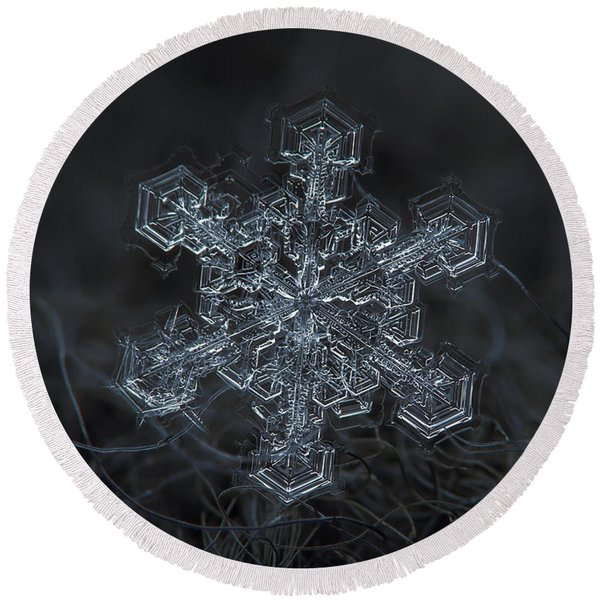Snowflake Photo - Complicated Thing Round Beach Towel