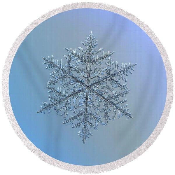 Snowflake Photo - Majestic Crystal Round Beach Towel
