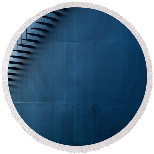 Staircase On The Side Round Beach Towel