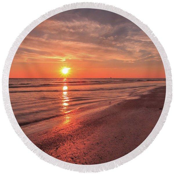Sunburst At Sunset Round Beach Towel