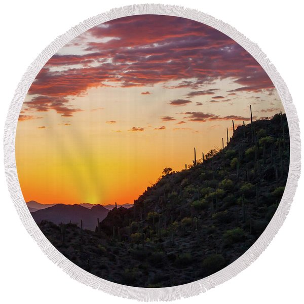 Round Beach Towel featuring the photograph Sunset At Gate's Pass by Lon Dittrick