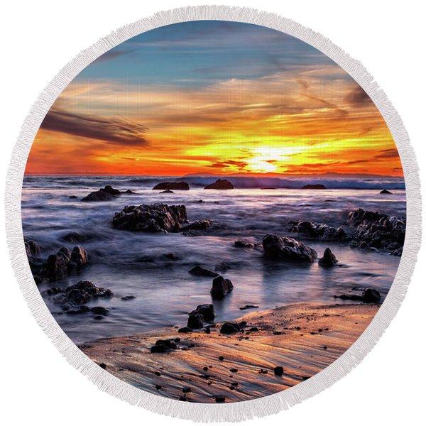 Sunset On The Rocks Round Beach Towel
