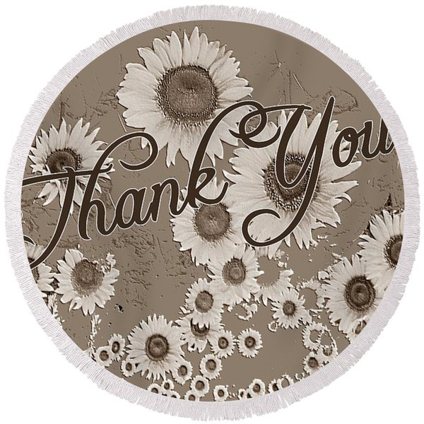 Thank You Card Daisies Round Beach Towel