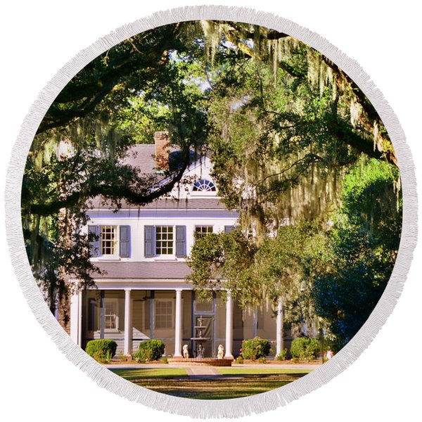 The Legare-waring House At Charles Town Landing Round Beach Towel