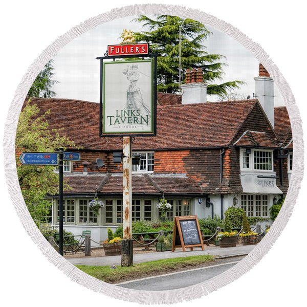 Round Beach Towel featuring the photograph The Links Tavern by Michael Hope