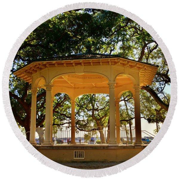 The Pavilion At Battery Park Charleston Sc  Round Beach Towel